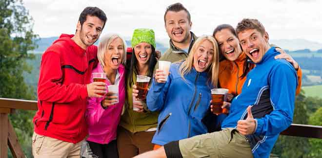 young-adults-drinking-beer- DUI attorney colorado springs defends charges