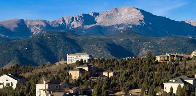 houses-near-pikes-peak-colorado-springs-real-estate-attorney
